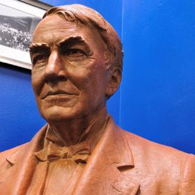 Bust of Edison